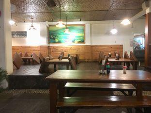 Foto 11 - Interior di Warung Nasi Ampera oleh Prido ZH