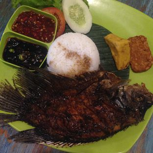 Foto 3 - Makanan di Radja Gurame oleh Lala C