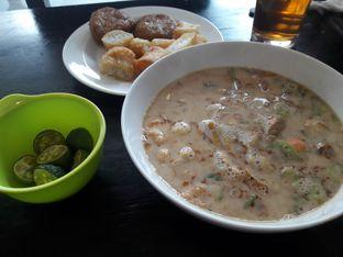 Foto 2 - Makanan di Soto Betawi Nyonya Afung oleh Michael Wenadi