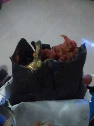 Foto 1 - Makanan di Kebab Turki Baba Rafi oleh mahartina