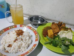 Foto 1 - Makanan di Nasi Uduk Mbak Sri oleh Rayhana Ayuninnisa