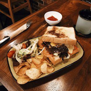 Foto 6 - Makanan di Awesome Coffee oleh Della Ayu