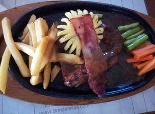 Foto 3 - Makanan di Boncafe oleh lady natali