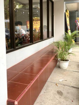Foto 3 - Interior di Likely Cafe & Resto oleh Prido ZH