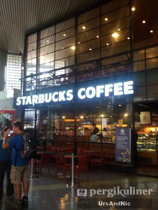 Foto 3 - Eksterior di Starbucks Coffee oleh UrsAndNic