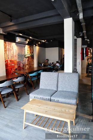 Foto 11 - Interior di Dopamine Coffee & Tea oleh Sillyoldbear.id
