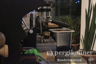 Foto 8 - Interior di Makna Coffee oleh Farah Nadhya | @foodstoriesid