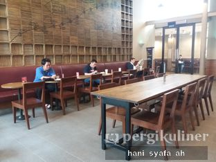 Foto 1 - Interior di Starbucks Coffee oleh Hani Syafa'ah