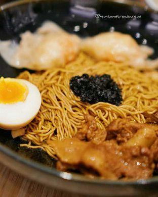 Foto 1 - Makanan(Pork Truffle Noodle) di Wan Treasures oleh Huntandtreasure.id