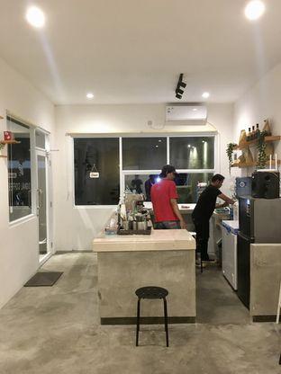 Foto 10 - Interior di Signal Coffee oleh Prido ZH