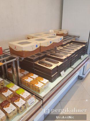 Foto review Holland Bakery oleh UrsAndNic  5