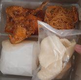 Foto Nasi Kotak Gulai Ayam (IDR 20k)  di Warteg Gang Mangga
