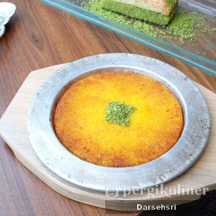 Foto 3 - Makanan di Mardin Baklava Patisserie oleh Darsehsri Handayani