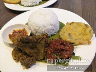 Foto 1 - Makanan di Bakso Lapangan Tembak Senayan oleh Debora Setopo