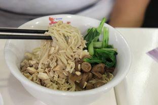 Foto 1 - Makanan di Bakmi Naga oleh Marsha Sehan