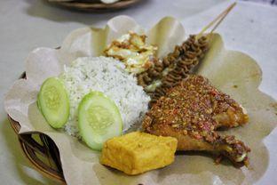 Foto - Makanan di Ayam Gepuk Pak Gembus oleh Marthalena