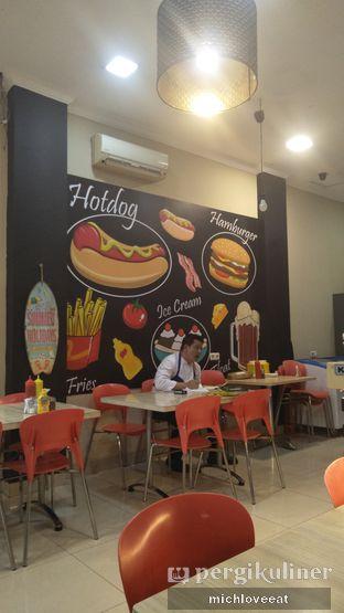 Foto 7 - Interior di Frankfurter Hotdog and Steak oleh Mich Love Eat