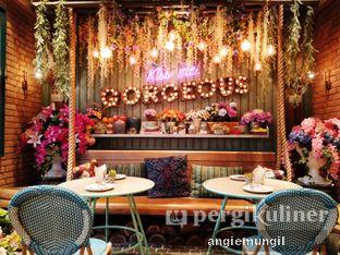 Foto 2 - Interior di The Garden oleh Angie  Katarina