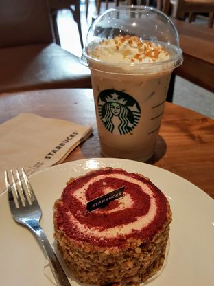 Foto 9 - Makanan di Starbucks Coffee oleh Stallone Tjia (@Stallonation)