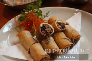 Foto 3 - Makanan(Duck spring roll) di C's Steak and Seafood Restaurant - Grand Hyatt oleh UrsAndNic