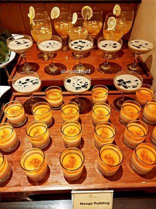 Foto review Pelangi Cafe - Ambhara Hotel oleh Alvin Johanes  4