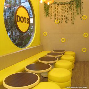 Foto 5 - Interior di Dots Donuts oleh Kuliner Addict Bandung