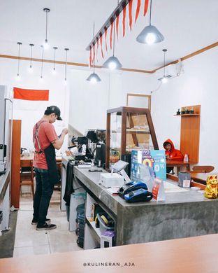 Foto 2 - Interior di Fugol Coffee oleh @kulineran_aja