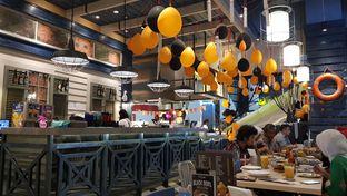 Foto 2 - Interior di Fish & Co. oleh IG: FOODIOZ