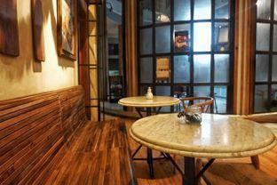 Foto 10 - Interior di Baker Street oleh Fadhlur Rohman