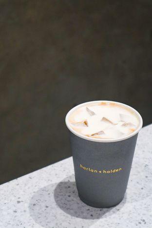 Foto 6 - Makanan di Harlan + Holden Because Coffee oleh thehandsofcuisine