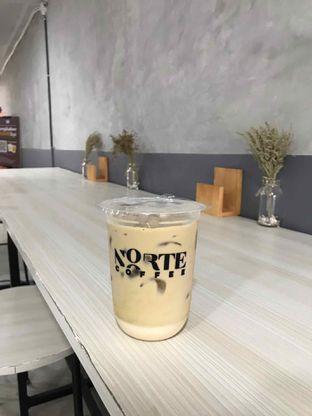 Foto 6 - Makanan(Rum Coffee Milk) di Norte Coffee oleh Anang