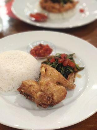 Foto review Kangkung Bakar oleh Nicole    @diaryanakmakan 2
