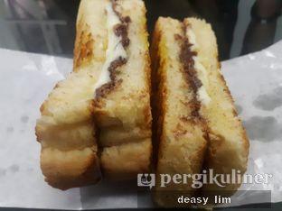 Foto 1 - Makanan di Roti Eneng oleh Deasy Lim
