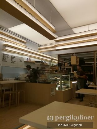 Foto 4 - Interior di Turning Point Coffee oleh cynthia lim