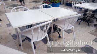 Foto 9 - Eksterior di Orofi Cafe oleh Mira widya