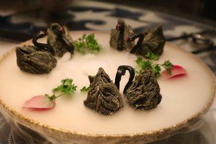 Foto 7 - Makanan di Li Feng - Mandarin Oriental Hotel oleh liviacwijaya