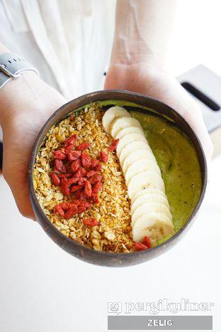 Foto 1 - Makanan di Nalu Bowls oleh @teddyzelig