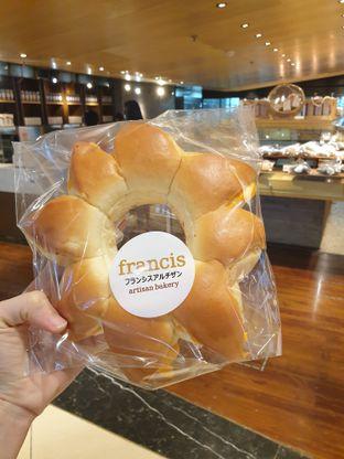 Foto 1 - Makanan di Francis Artisan Bakery oleh Pengembara Rasa