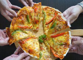 9 Pizza Enak di Bandung Favorit Anak Muda Kekinian