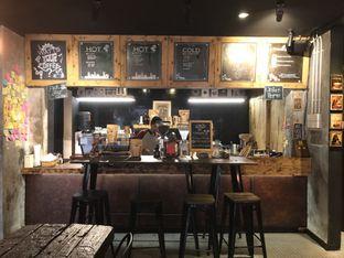 Foto 5 - Interior di Watt Coffee oleh @jakartafoodvlogger Allfreed