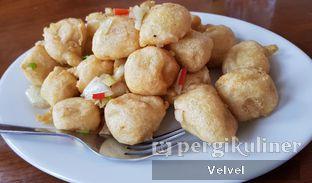 Foto 4 - Makanan(Tahu Lada Garam) di Pantjoran Tea House oleh Velvel