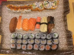 Foto 4 - Makanan(Sushi Mix) di Sushi Kiosk oleh Aris Setiowati