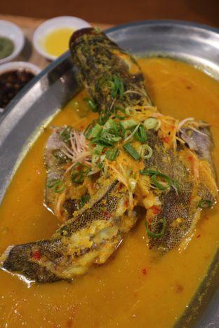 Foto 4 - Makanan di Rezeki Seafood oleh feedthecat