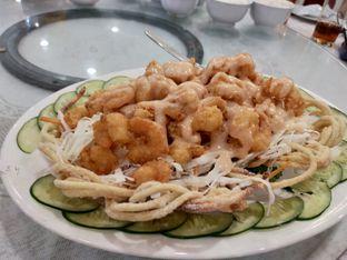 Foto 2 - Makanan(Udang goreng mayonaise) di Golden Leaf oleh Komentator Isenk