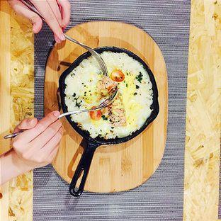 Foto 2 - Makanan(BAKED SALMON RICE 40K) di Meatology oleh @tasteofbandung