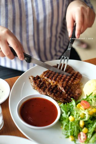 Foto 1 - Makanan di Legend of Steak by Meaters oleh Nanakoot
