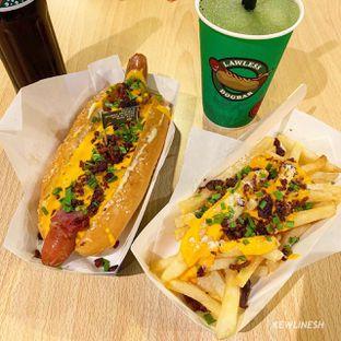 Foto 3 - Makanan di Lawless Dogbar oleh @Kewlinesh
