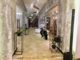Foto 29 - Interior di Artivator Cafe oleh Prido ZH