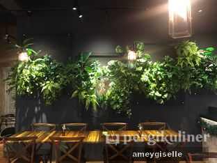 Foto 11 - Interior di Six Ounces Coffee oleh Hungry Mommy
