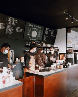 Foto review 7AM Coffee oleh Della Ayu 10